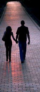 pareja caminando - imagenes de amor - imagenes romanticas